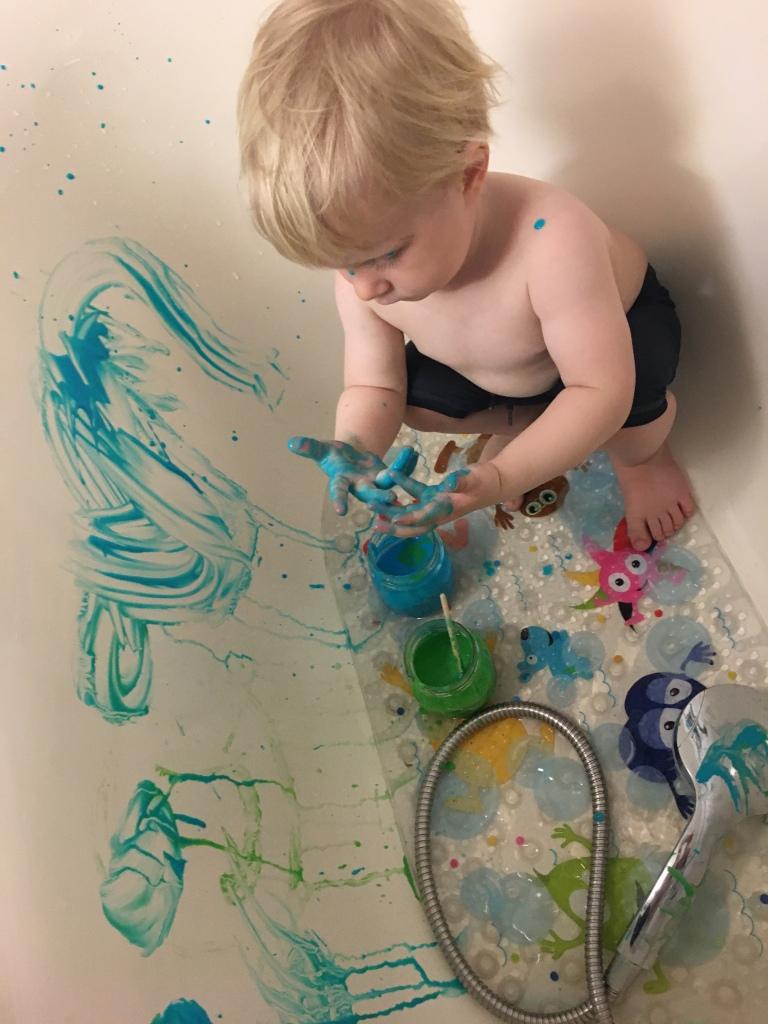 Måla i badkaret